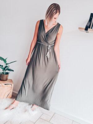 Maxi dress met gevlochten ceintuur groen